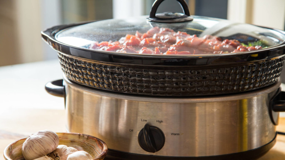 The Best Slow Cookers You Can Buy For Under $150