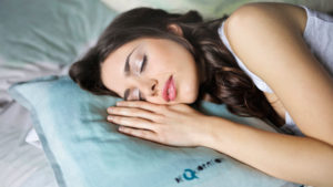 Can Sleeping With an Air Purifier on Improve Your Skin?